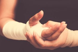 Fractured metacarpal treatment