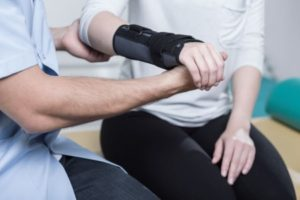 Fractured scaphoid treatment